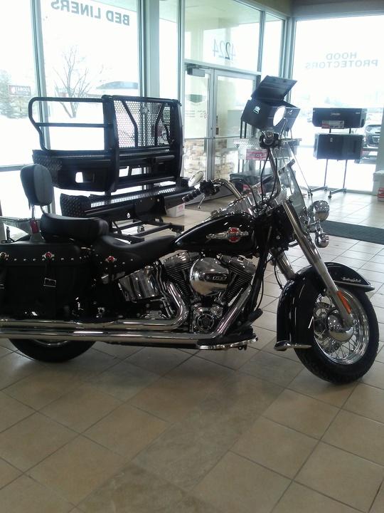 2016 Harley Davidson Wide Glide  - Accessories of Des Moines