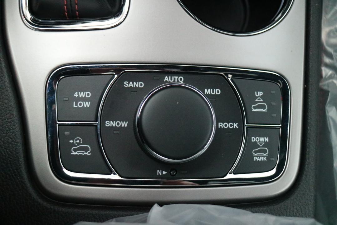 2021 Jeep Grand Cherokee  - Blainville Chrysler