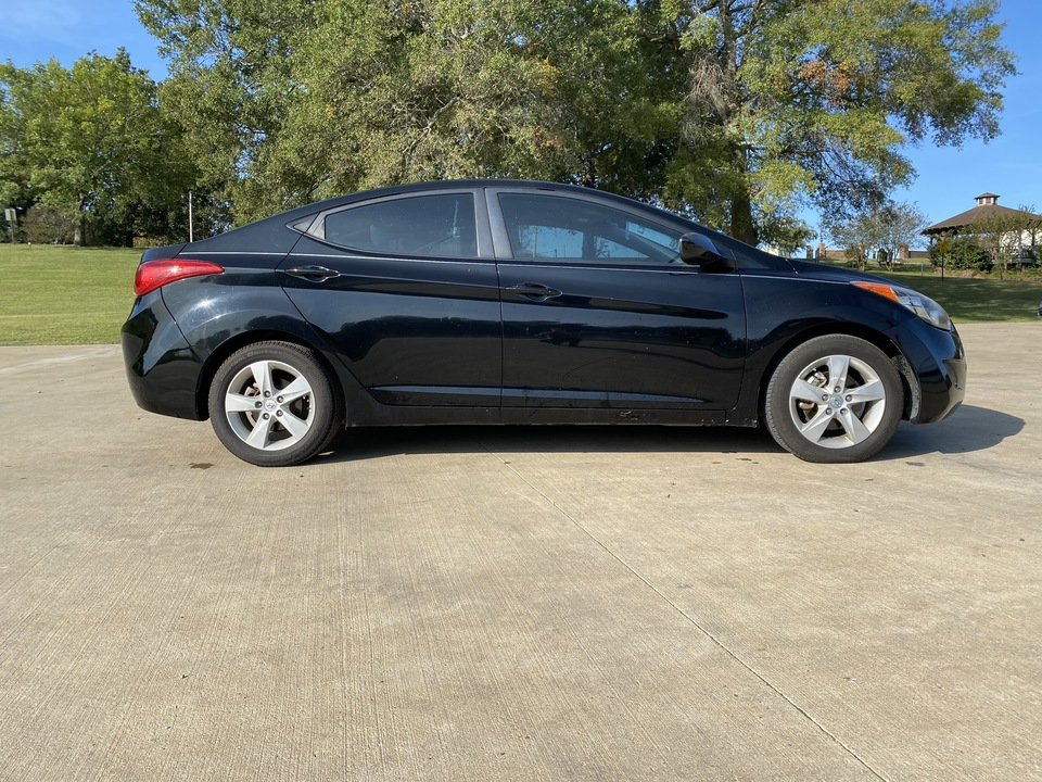 2012 Hyundai Elantra  - Car City Autos