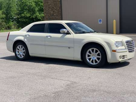 2008 Chrysler 300 C Hemi for Sale  - 335769  - Car City Autos