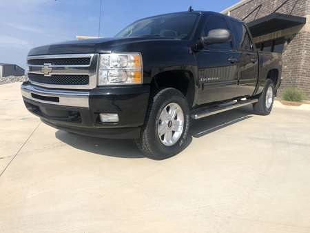 2009 Chevrolet Silverado 1500 LT 4WD Crew Cab for Sale  - 133212  - Car City Autos