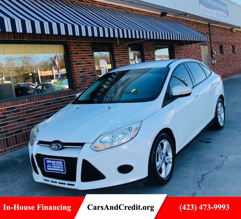 2013 Ford Focus  - Cars & Credit