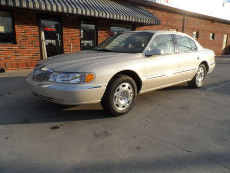 2000 Lincoln Continental  for Sale  - l18r7  - Cars & Credit