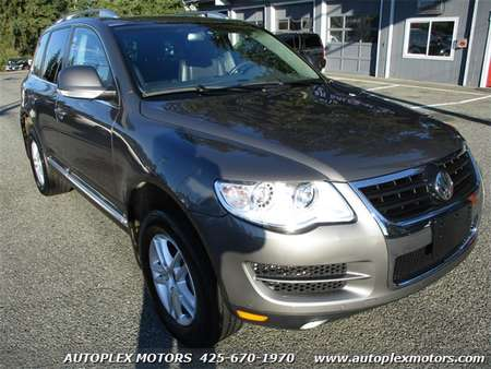 2010 Volkswagen Touareg V6 TDI for Sale  - 11897  - Autoplex Motors