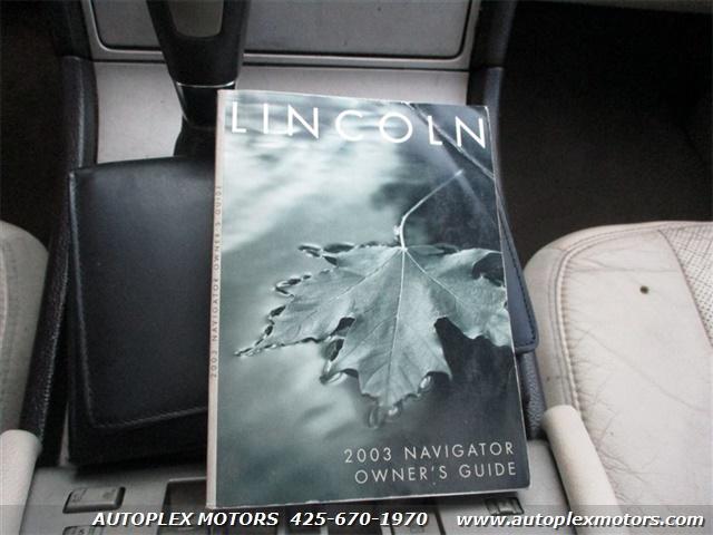 2003 Lincoln Navigator  - Autoplex Motors