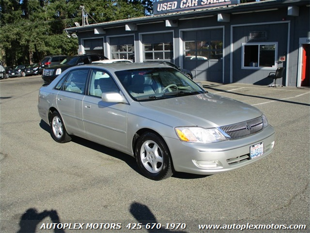 2000 Toyota Avalon  - Autoplex Motors