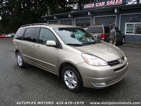 2005 Toyota Sienna XLE 7 Passenger AWD for Sale  - 12196  - Autoplex Motors