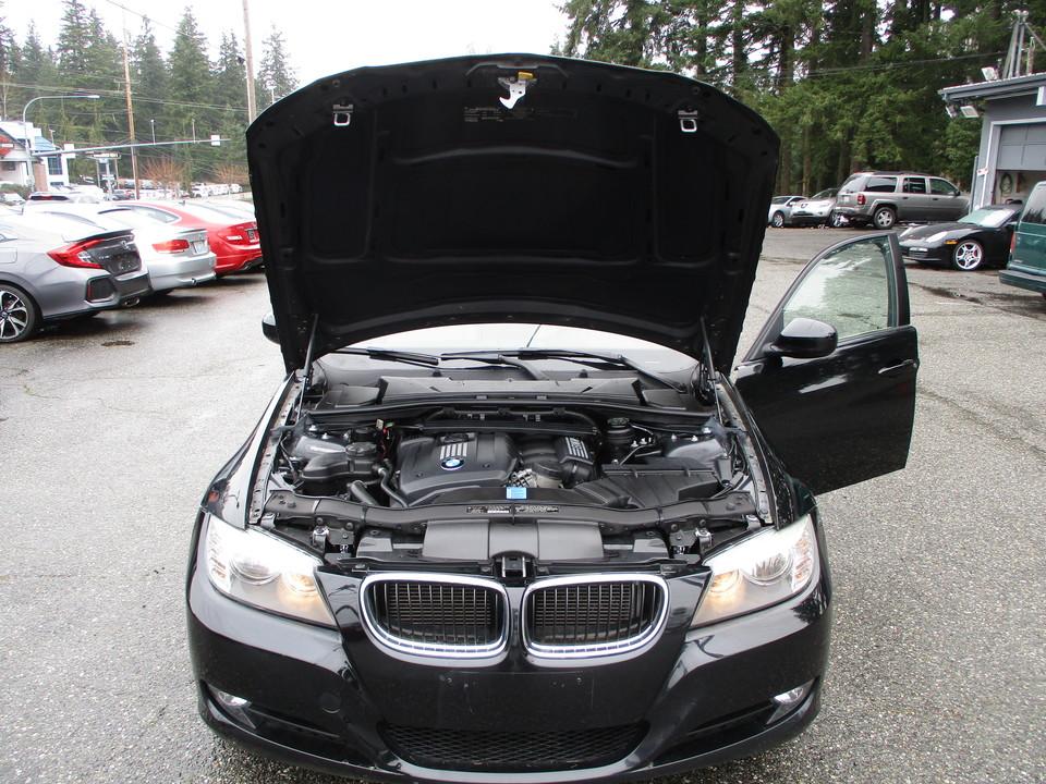 2011 BMW 3 Series  - Autoplex Motors