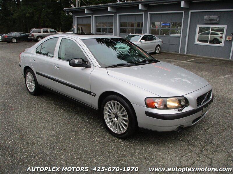 2001 Volvo S60 T5  - 12227  - Autoplex Motors