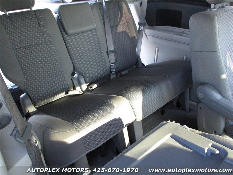 2011 Volkswagen Routan  - Autoplex Motors
