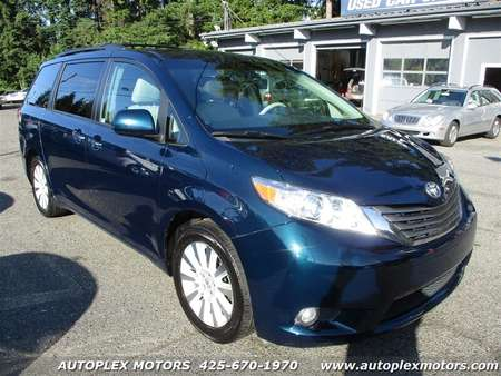 2012 Toyota Sienna XLE 7-Passenger AWD for Sale  - 12358  - Autoplex Motors