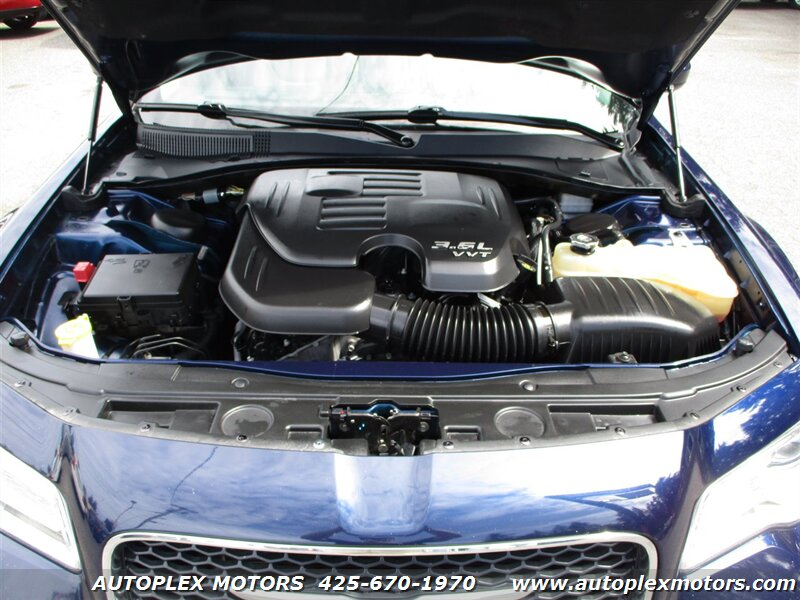 2015 Chrysler 300  - Autoplex Motors