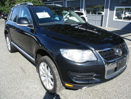 2010 Volkswagen Touareg  for Sale  - 12101  - Autoplex Motors