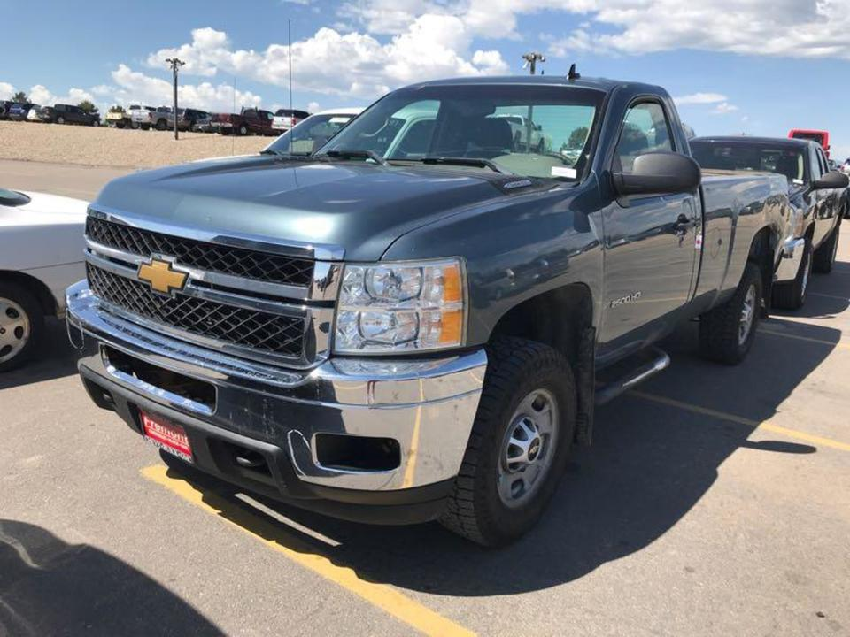 2012 Chevrolet Silverado 2500HD Work Truck-4x4  - 12  - Exira Auto Sales