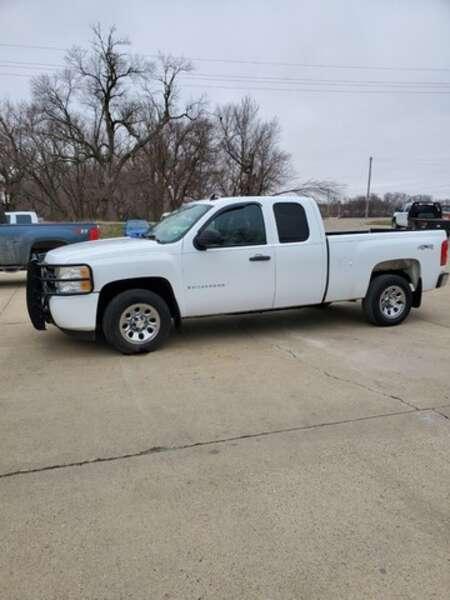 2008 Chevrolet Silverado 1500 Work Truck 5.3-4x4 for Sale  - 08  - Exira Auto Sales