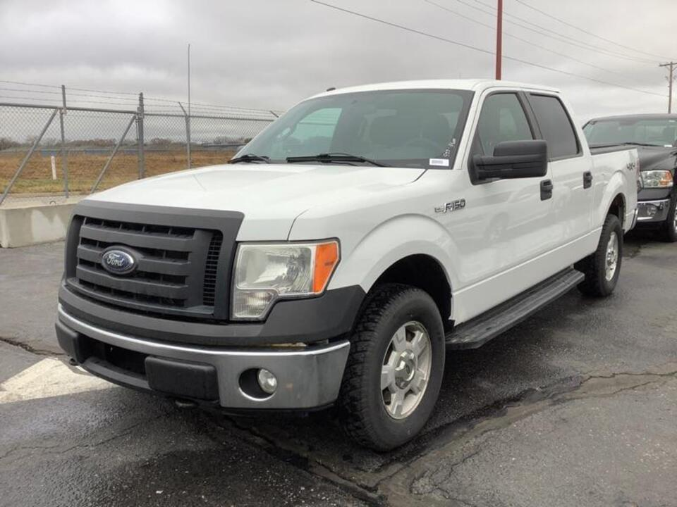 2012 Ford F-150 XLT-supercrew  - 12  - Exira Auto Sales