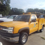 2004 Chevrolet Silverado 2500 HD reg cab 4x4 gas  - 4  - Exira Auto Sales
