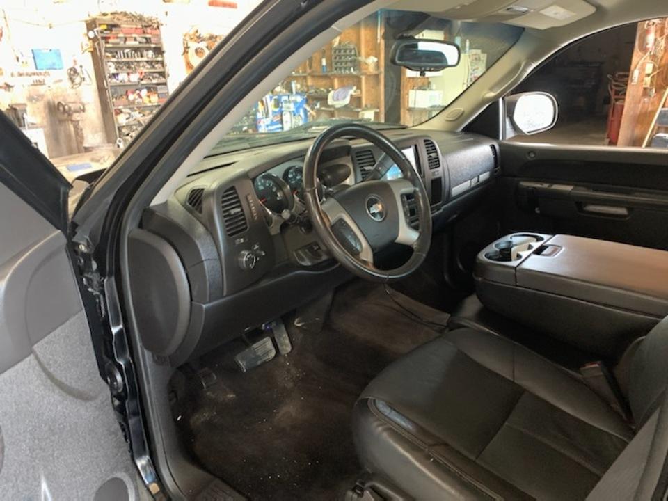 2011 Chevrolet Silverado 1500  - Exira Auto Sales