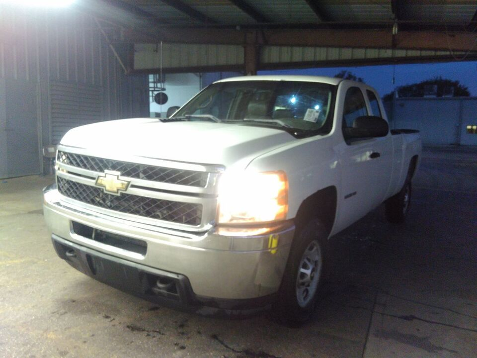 2011 Chevrolet Silverado 2500HD Work Truck-diesel 4x4,longbed  - 11  - Exira Auto Sales
