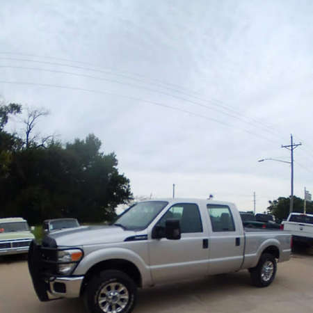2012 Ford F-250 XL-crewcab shortbed 4x4 gas for Sale  - 12  - Exira Auto Sales