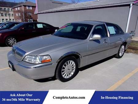 2003 Lincoln Town Car Executive for Sale  - R3037  - Complete Autos