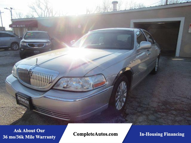 2003 Lincoln Town Car Executive  - P15898A  - Complete Autos