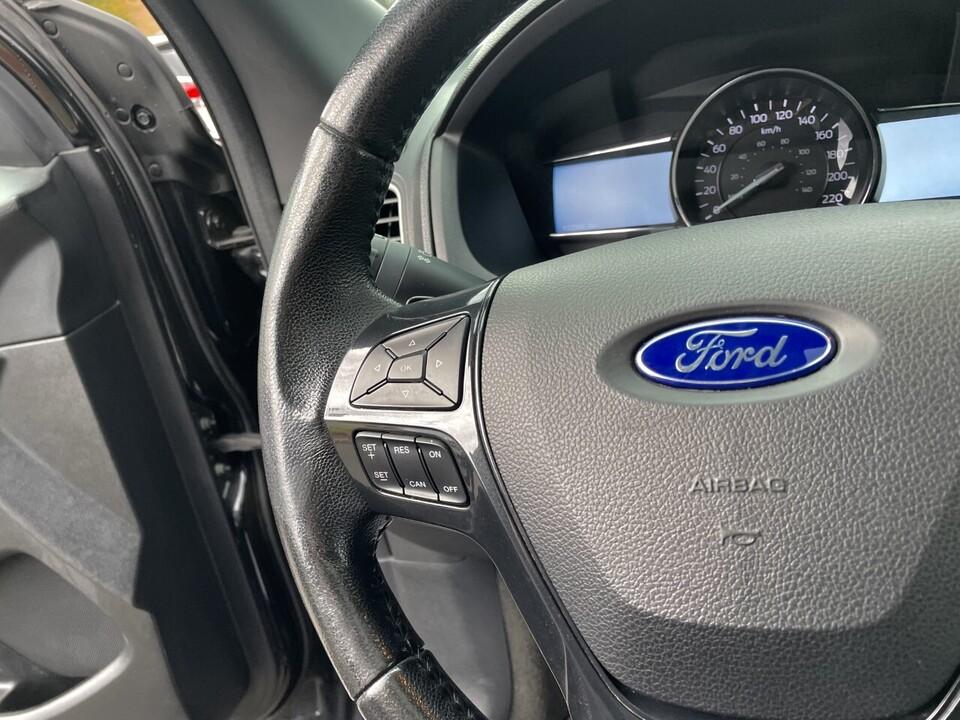 2017 Ford Explorer  - Alliance Ford