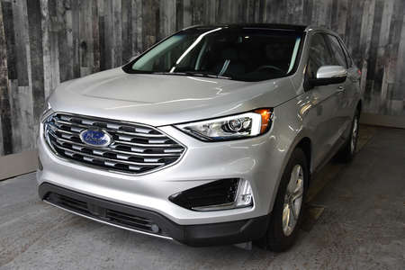 2019 Ford Edge SEL AWD CUIR TOIT PANO NAVIGATION for Sale  - ST-19133  - Alliance Ford