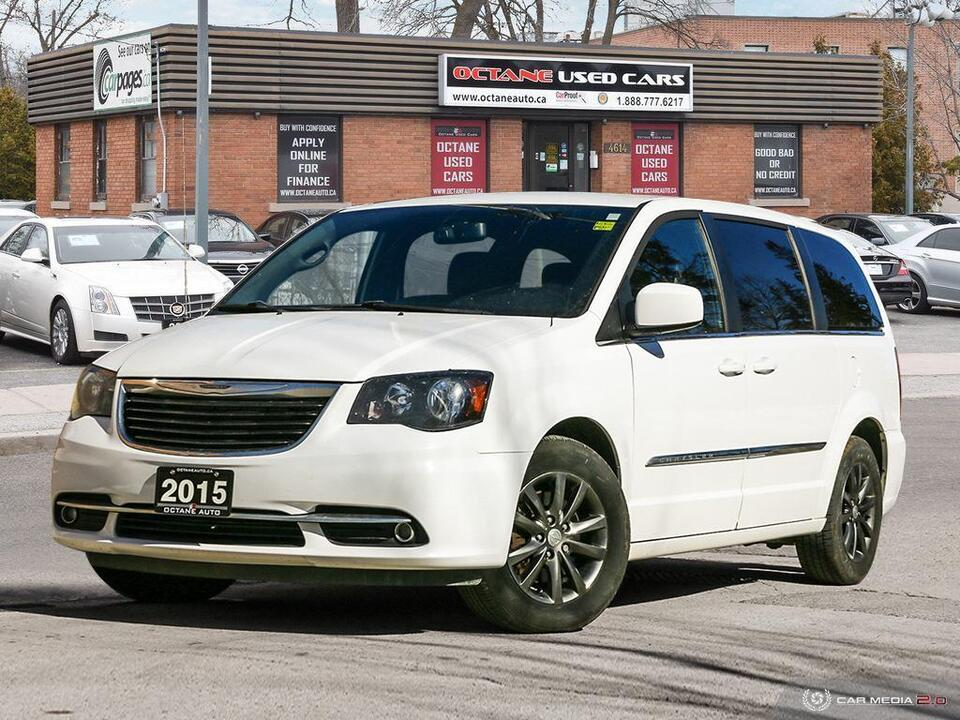 2015 Chrysler Town & Country S image 1 of 24