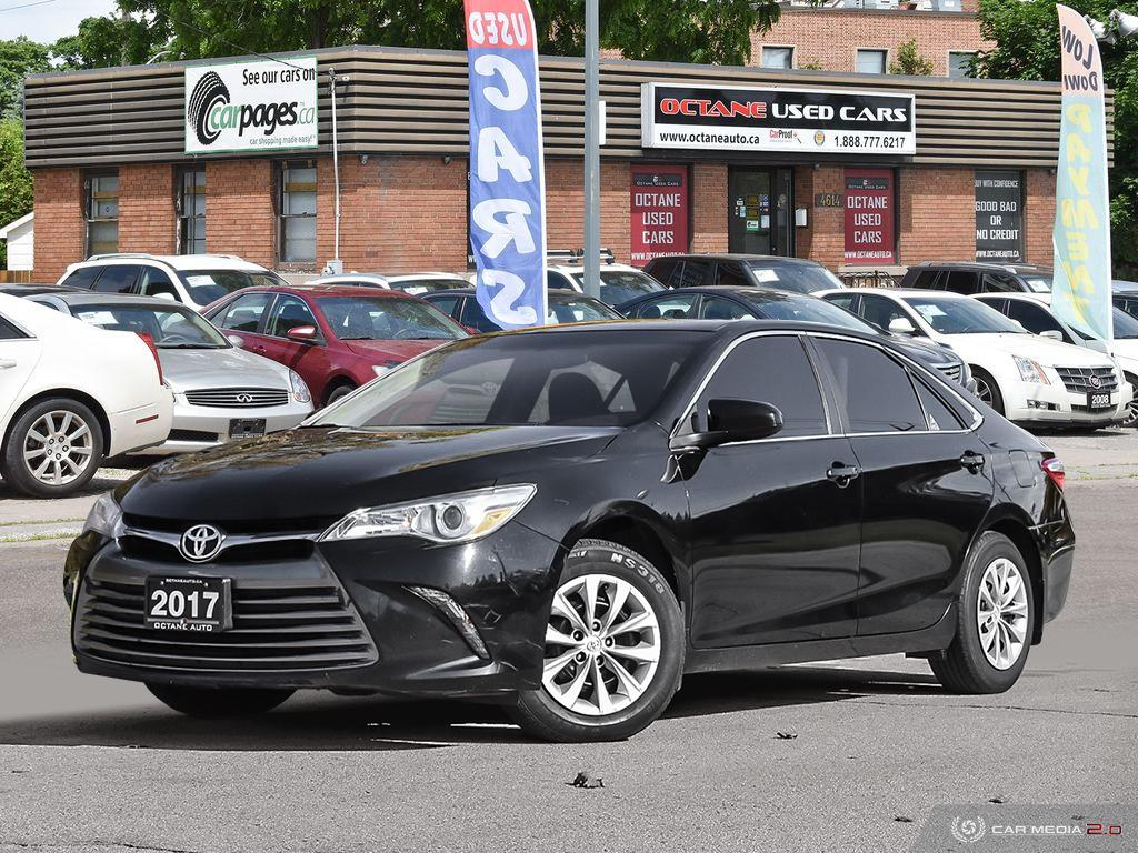 2017 Toyota Camry LE image 1 of 26