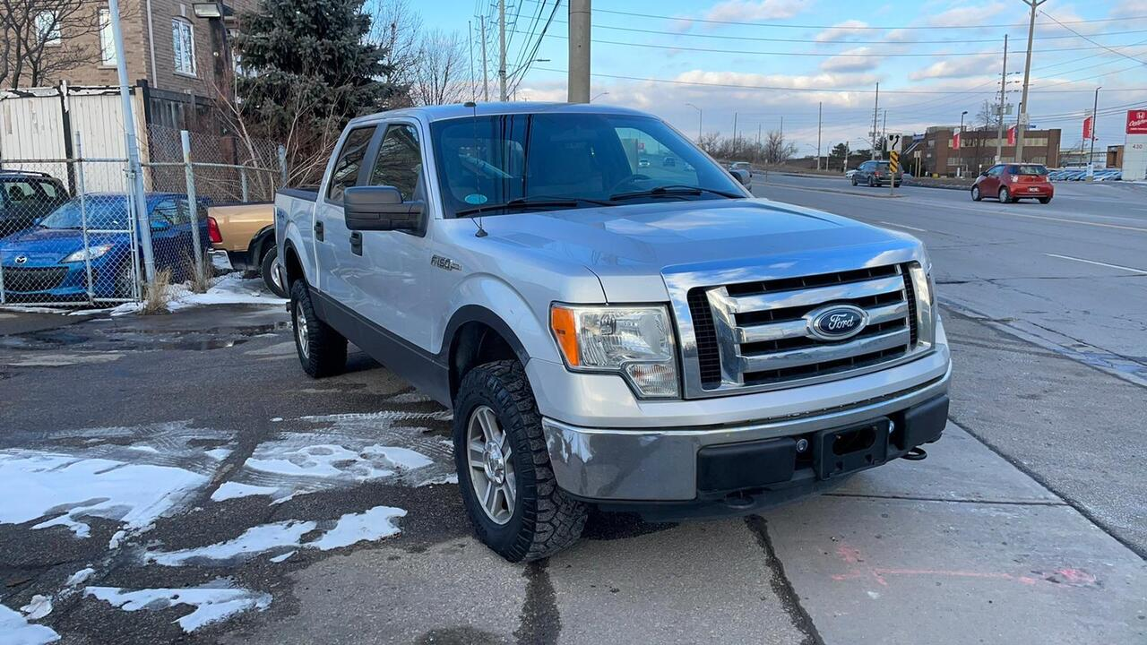 2012 Ford F-150 XLT 4WD image 3 of 16