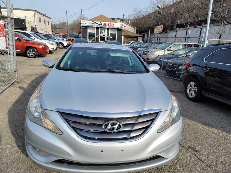 2011 Hyundai Sonata Ltd image 1 of 6