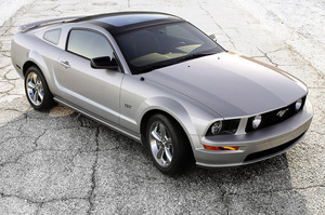 2009 Ford Mustang   for Sale  - W19035  - Dynamite Auto Sales